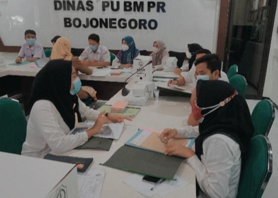 Proses Pembinaan yang diikuti oleh staff dari Dinas PU Bina Marga dan PR Kabupaten Bojonegoro